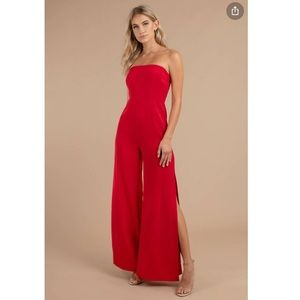 JANINE STRAPLESS JUMPSUIT IN RED